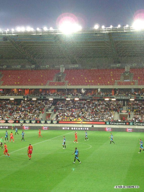 Match comptant pour la Ligue 2 et joué le 6 mai 2011 au Stade MMArena.Photos : Emilie Drouet.