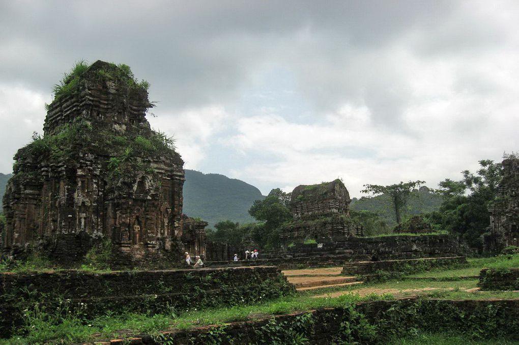 Les magnifiques photos du nord au sud du Viêtnam ( du baie Halong,les hauts plateaux et les côtes...)c'est mon pays natal.TSD