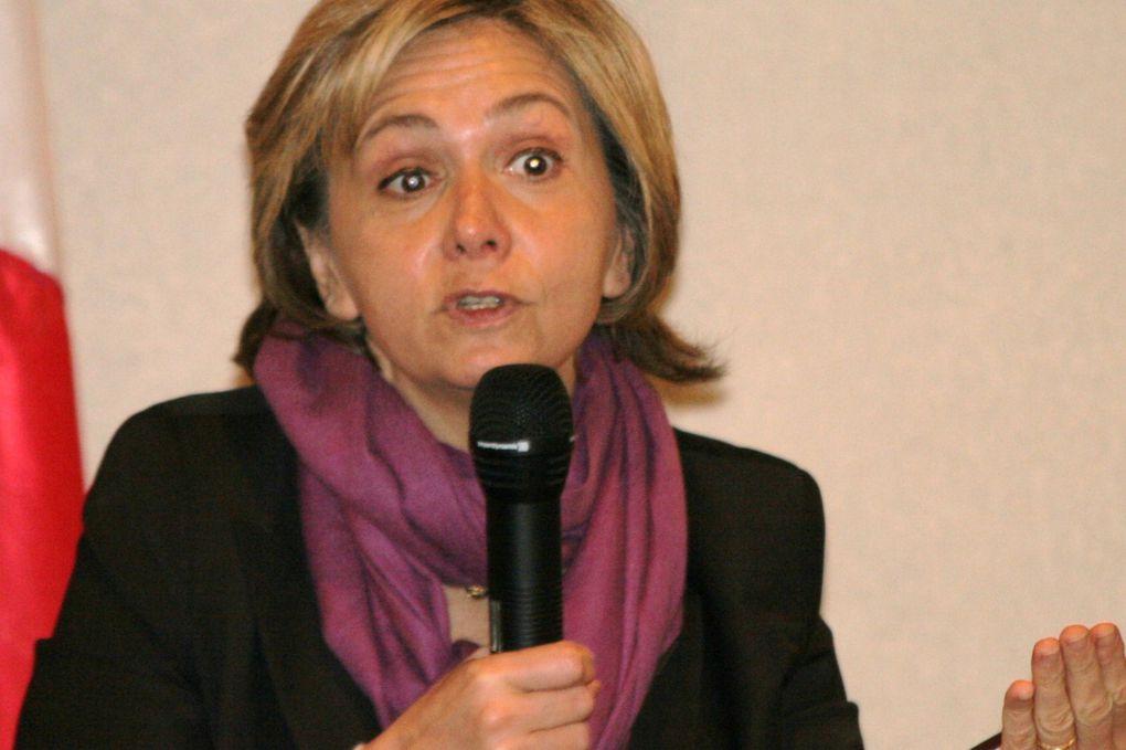 Visite de Valérie Pécresse, lundi 10 mars à Montargis, pour rencontrer élus et forces vives à propos des réformes pour ue meilleure compétitivité de l'industrie française.