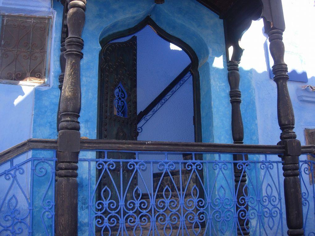 Le petit village bleu. Nord maroc dans la montagne.