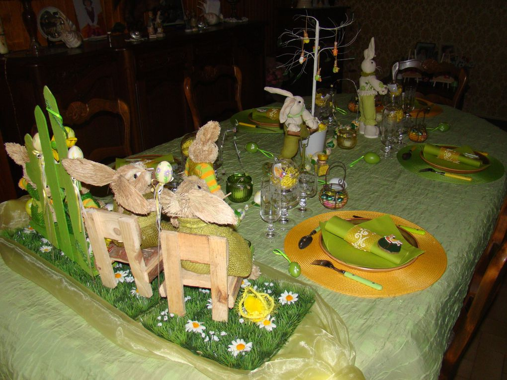 Album - TABLE-PAQUES-2010