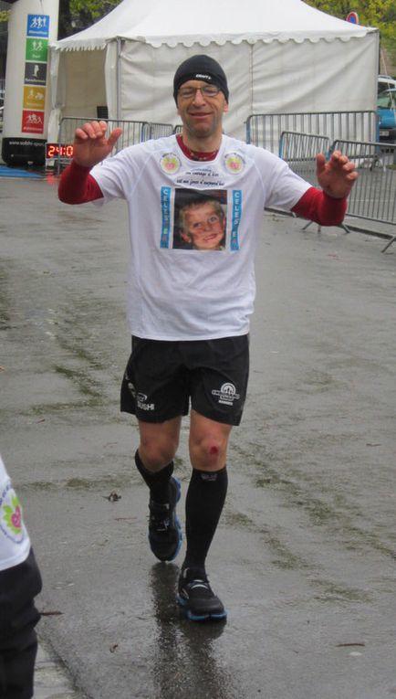 Titi l'athlète au grand coeur cour pour les enfants de mille et un sourires.