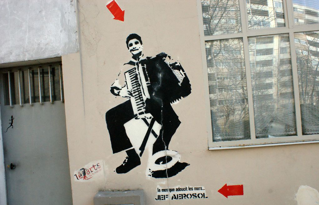 Album - Graffitis-PARIS-divers-Tom-003