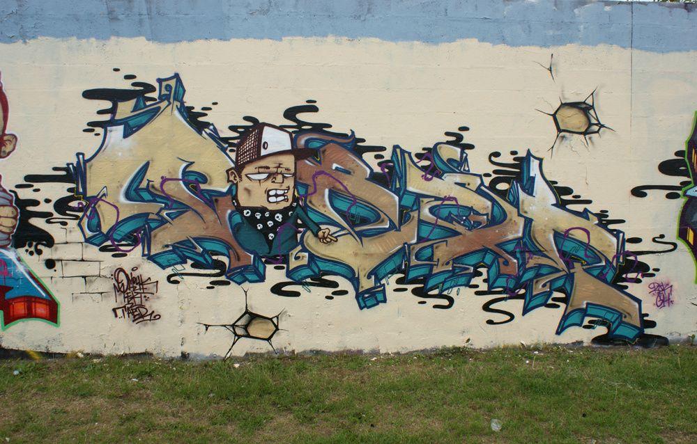 Album - Graffitis-Dept-93-divers Tom 004
