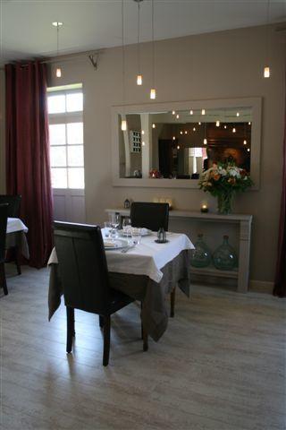 restaurant le colombier Offranville salle du restaurant