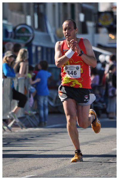 Photos des arrivées des courses  : Course de l'huitre et semi-marathon de la Côte des Vikings