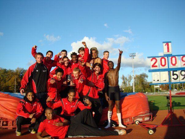La saison 2009 s'achèvera en décembre car nous nous alignons sur l'europe, dc changements de catégories au 1er janvier
