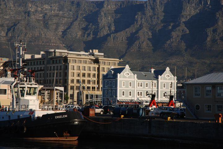 1 semaine d'attente à Cape Town en Afrique du Sud.