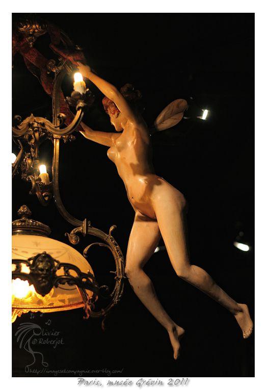 Le musée Grévin est un musée de cire privé (propriété de Grévin & Cie, une filiale de la Compagnie des Alpes depuis sa privatisation) situé dans le IXe arrondissement de Paris, en France, et dans lequel sont regroupées des reproductions en c