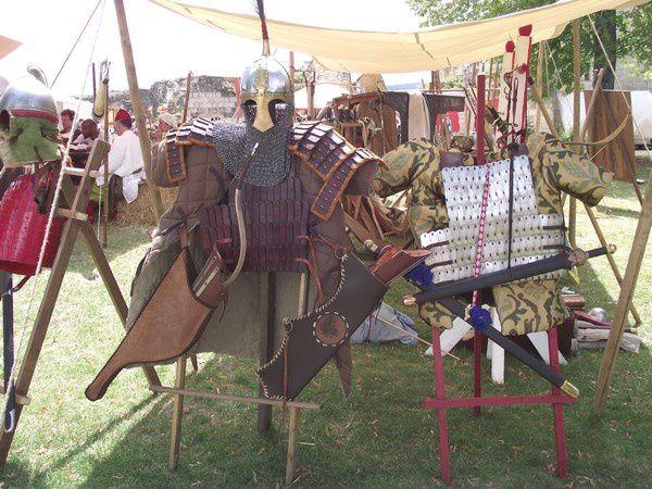 Médiévales à la forteresse de Chinon.