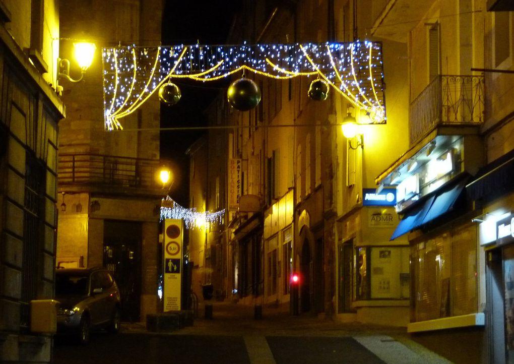 Décembre 2011, en attendant 2012, promenade dans les rue de la ville illuminée