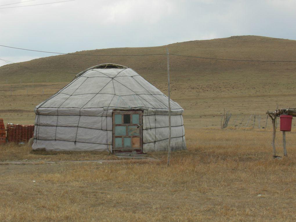 Nord-ouest du Hebei et Mongolie intérieure, mai 2013.Mongolie intérieure et Mandchourie, été 2010
