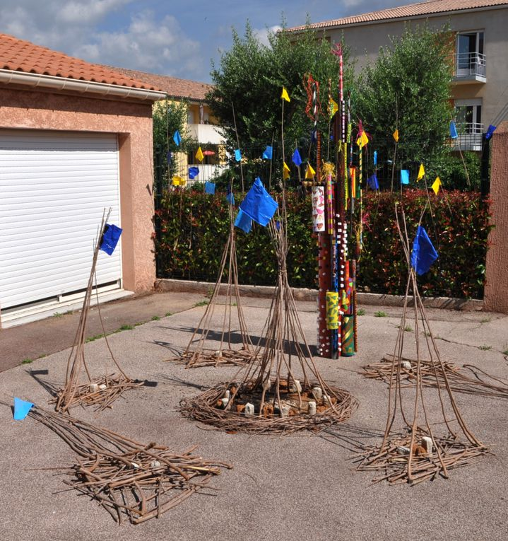 "expo"" land art"" et"" pvc art"" classes des grands...."