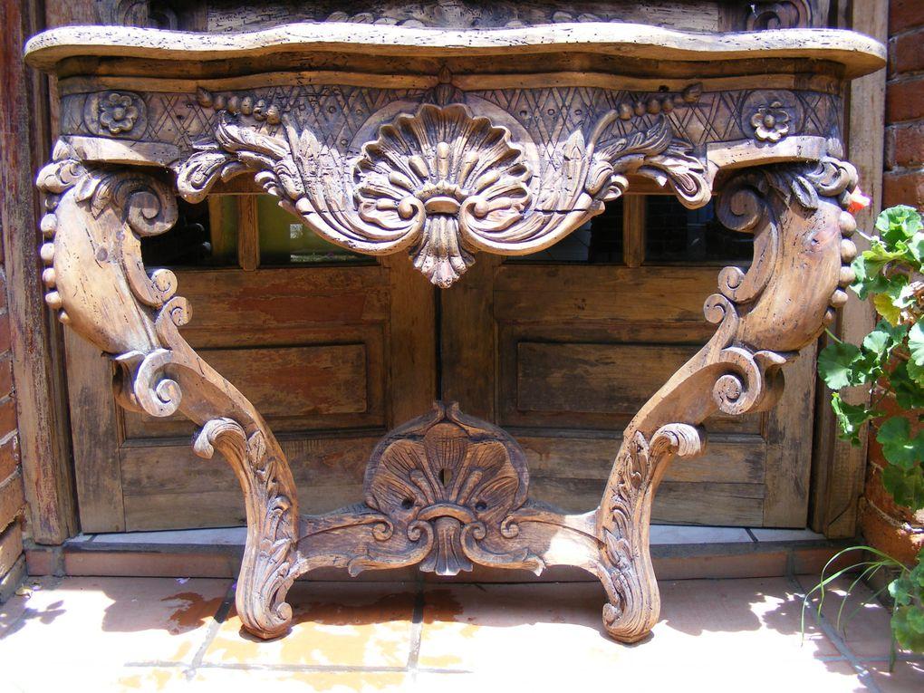 Album mueble tallado pichataro muebles chukari for Muebles de sala tallados en madera