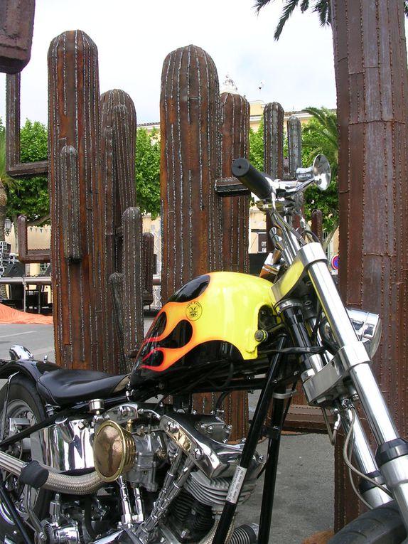 COGOLIN- RIDER..ou Euro Festival Harley Davidson dans le Golfe de StTropez.Plus de 10000 bikers se sont réunis dans la presqu'île dans une ambiance festive et bon enfant années 50/60.© Michèle et Alain Escaudemainson