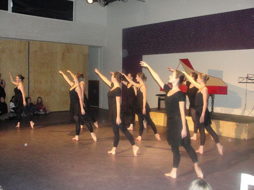 Concert à l'espace Kiethon avec l'école de danse Galatée et l'ensemble baroque du conservatoire de Rennes.