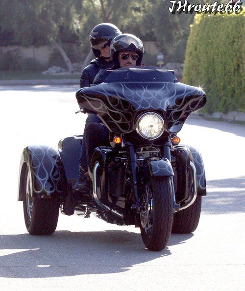 Johnny Hallyday Takes Wife Laeticia On A Motorcycle Ride Photos du 10.Avril.2011