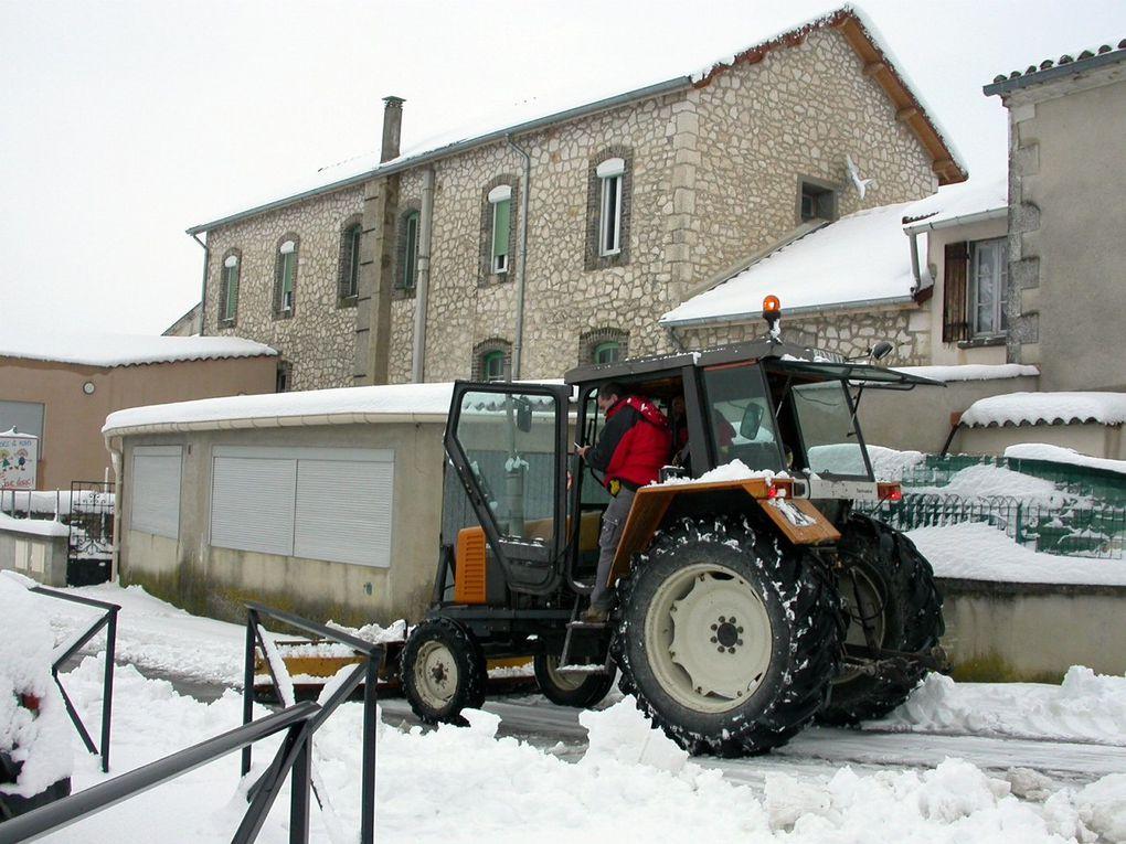 Tornade blanche sur Fons en mars 2010