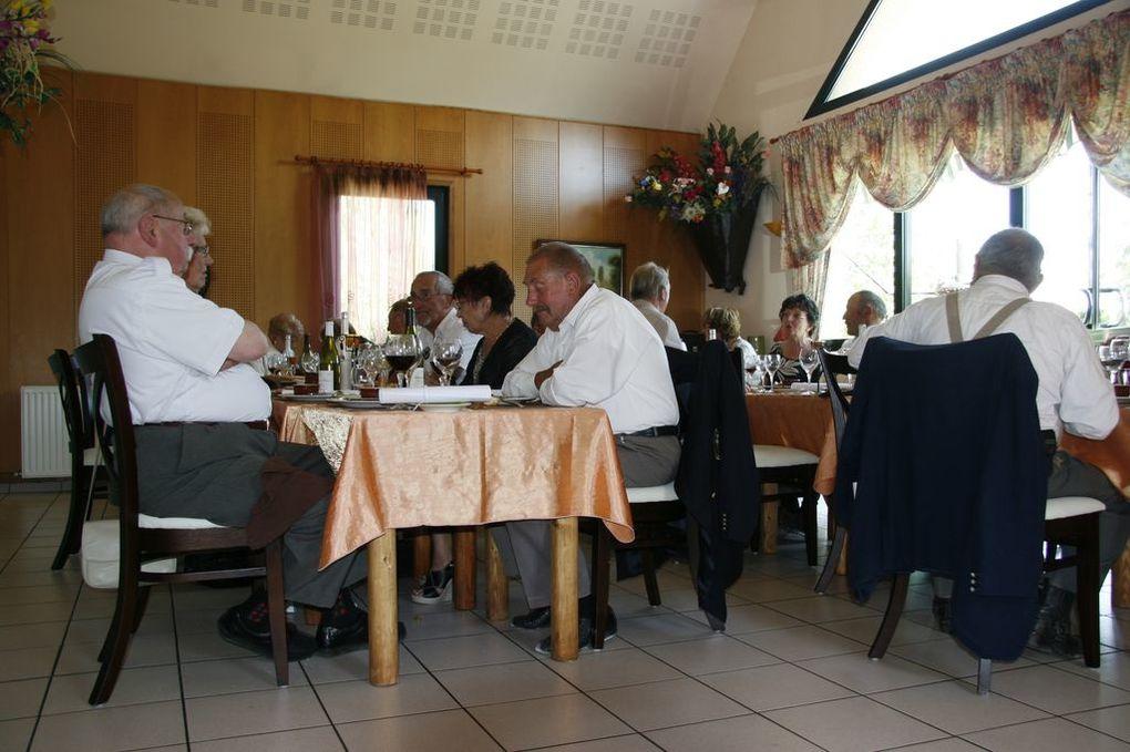 """Repas du 8 mai 2011 au """"Guide de Marloux"""""""