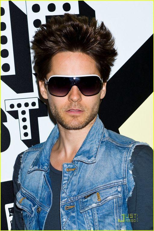 Album - Jared-Leto-Museum-of-Sex-Visit-with-30-Seconds-to-Mars-