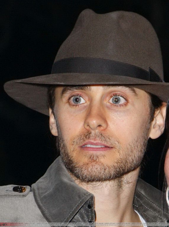 Album - Jared-Leto-on-his-way-to-Guns-N--Roses-Concert-21-Decembre-2011