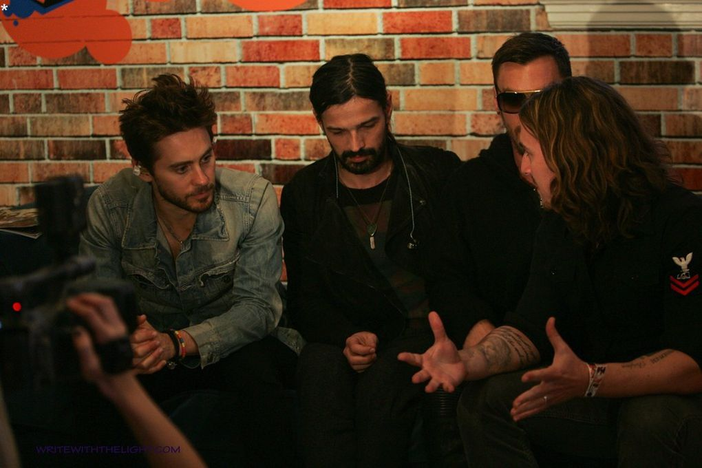 Album - 98.7-FM-s-Hollywood-Penthouse-by-writewiththelight
