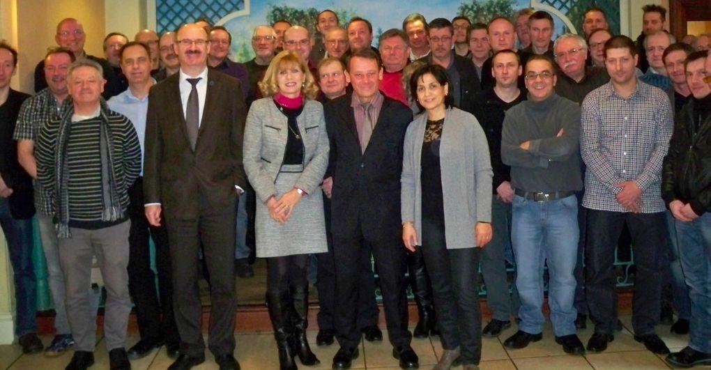 Les adhérents CFE-CGC Métallurgie Lorraine se sont réunis le 8 février 2013 à FEY (Moselle) en Assemblée Générale Extraordinaire en vue de la modification des statuts du syndicat.http://youtu.be/acqhNlCOKx0