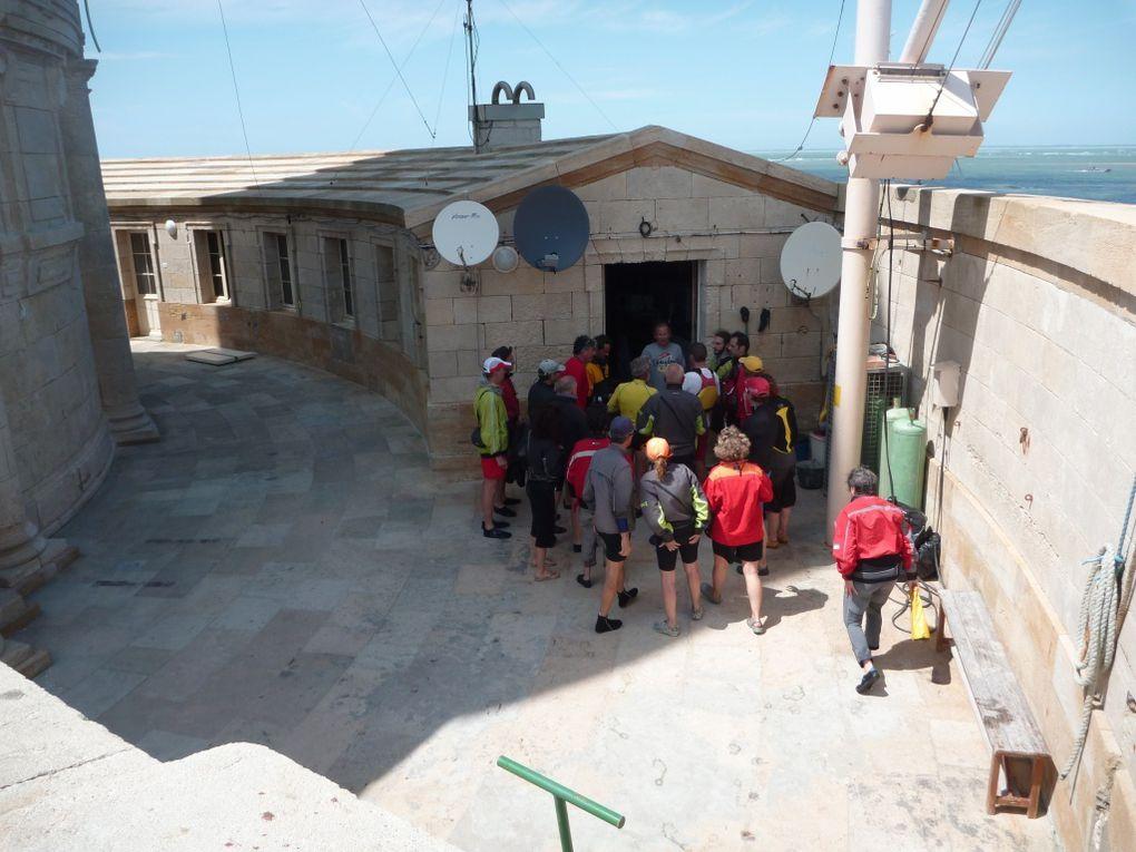 Sortie au phare de Cordouan le dimanche 27 mai 201.25 participants, dont 15 de l'AST Kayak.D'autres club du Bassin était représentés ainsi que des kayakistes indépendants.