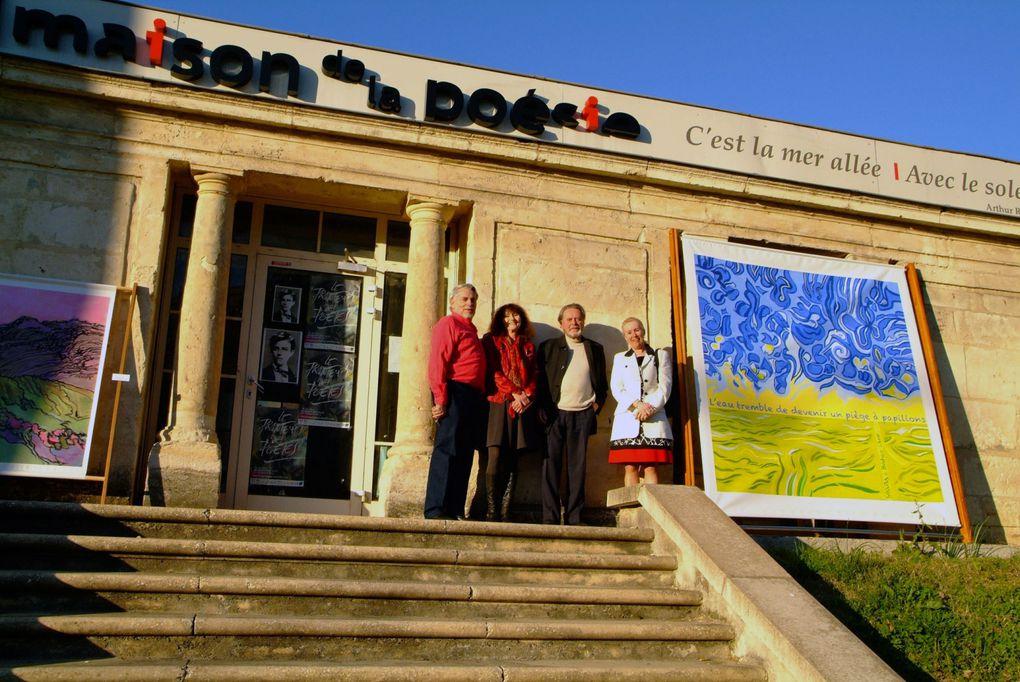 8 mars 2014: ouverture du Printemps des poètesSignature du mur de poésie, présentation au public, vernissage de l'exposition de Raphaël Segura, lecture de Béatrice Libert