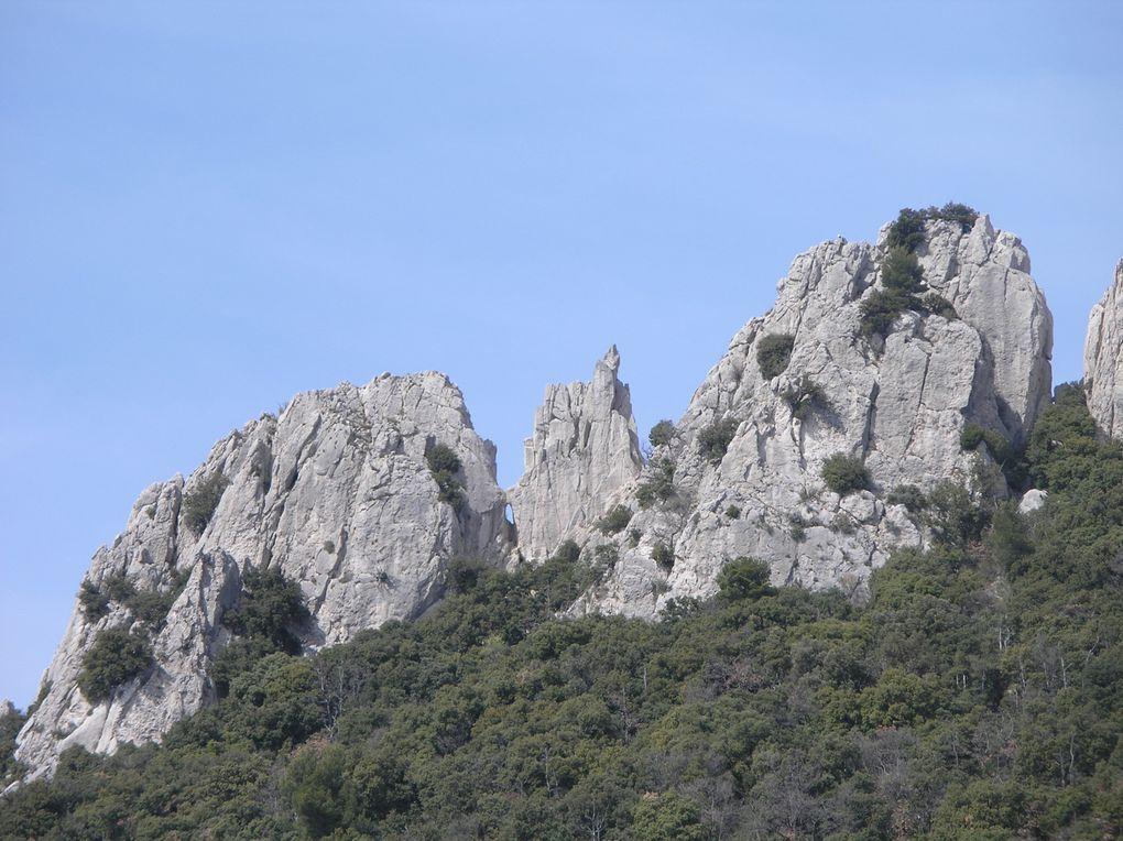 Album - Les-Dentelles-de-Mont-Mirail
