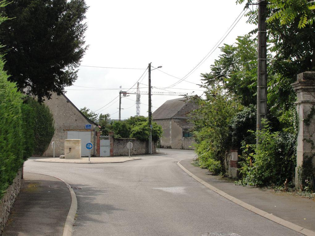 Construction du centre de maintenance à Tours nord, le long du boulevard Abel-Gance et de la rue Daniel Mayer. Ce bâtiment basse consommation d'une capacité de 40 rames de tramway servira à la fois de dépôt et de poste de commande centralisée.