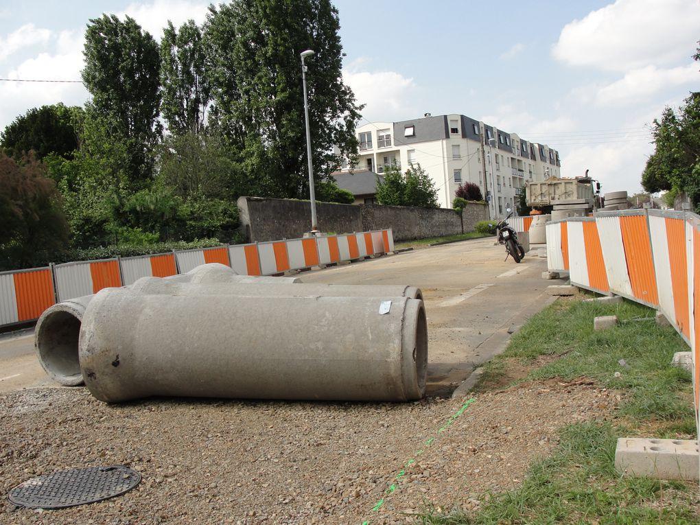 Première étape des travaux du tram, les chantiers de déviation des réseaux ont commencé en juin 2010 et se termineront en novembre 2011.