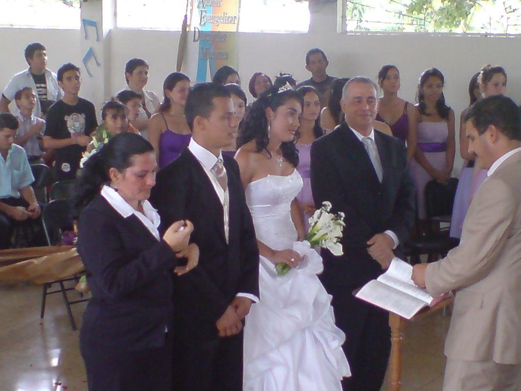 Mi Hija Nathy se casóAquí les dejo unas fotos de la Boda