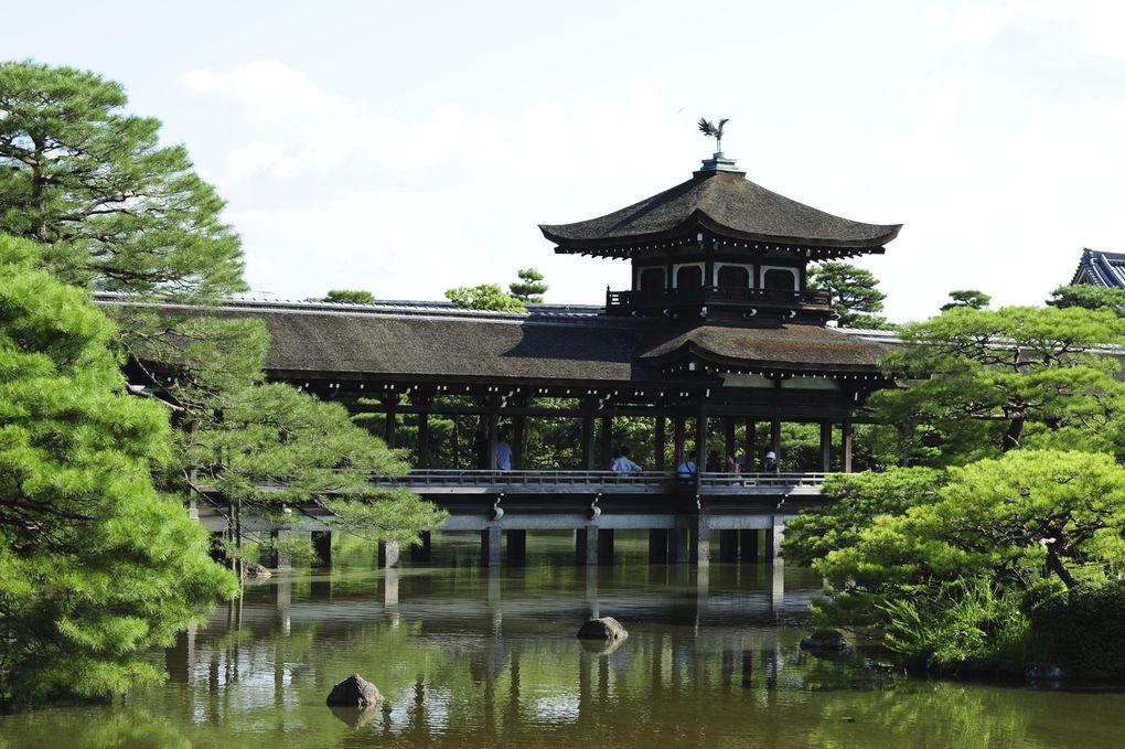quelques photos de nos petites balade du mois d'aout, des temples la cérémonie d'obon et des portraits.