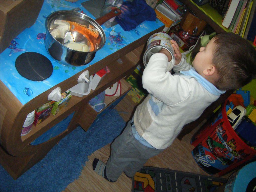 de la decoration jusquau moindre meuble toute la chambre de votre enfant peut etre personnalisée et accordée.