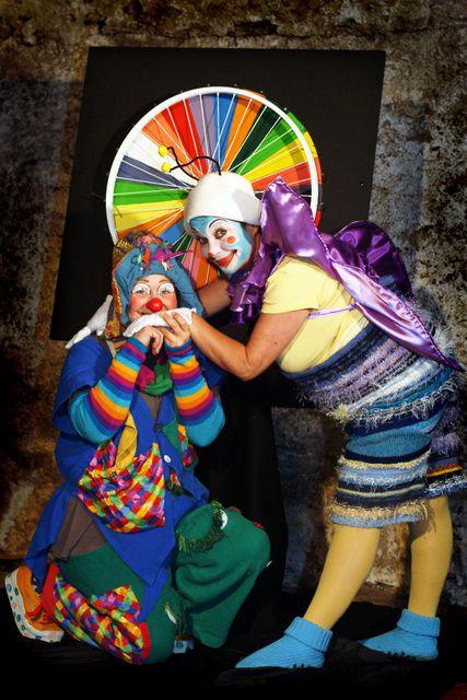 spectacle, clown et marionnettes