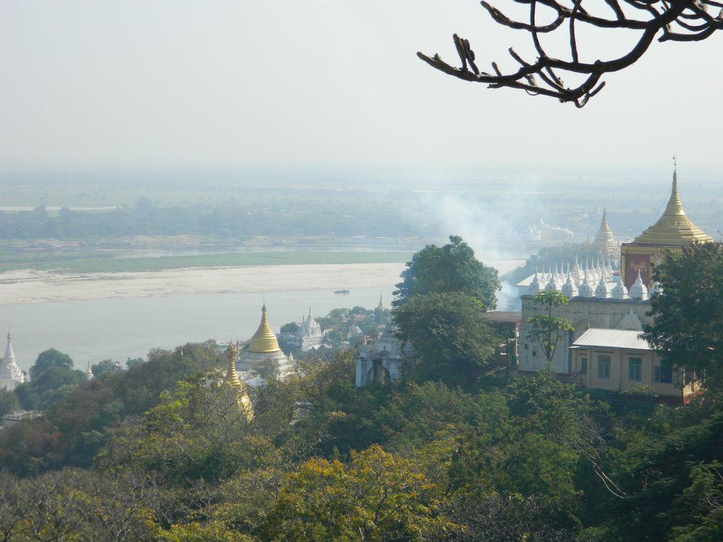 La ville de Mandalay, on n'aime ou on n'aime pas. Ville bruyante, elle recèle de nombreuses richesses dont certaines à deux pas de la ville comme Sagaing ou le pont U Bein.