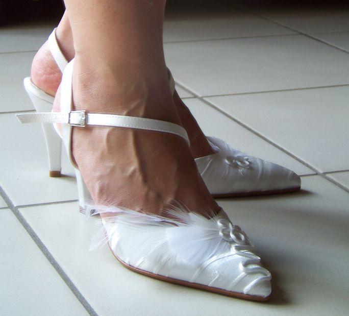 Voici quelques exemples de personnalisations de chaussures.Sur demande, je peux customiser vos chaussures pour les assortir à votre tenue.