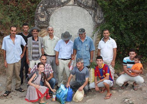 Voici des photos prises lors bde ma seconde visite à Naciria afin de constater les résultats obtenus par ces hommes qui méritent tout notre respect ainsi que notre soutien....Encore un grand bravo les Compagnons de l'Eau !!!!