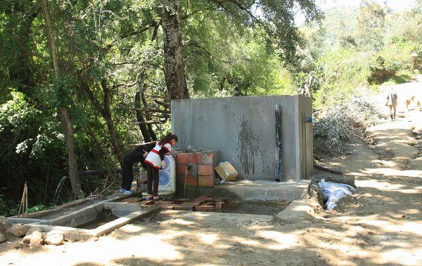 Rencontre avec Mohamed Djazaïri, un habitant de la commune de Naciria qui a pris l'initiative de créer un réseau de fontaines pour mettreen valeur la source Tala Hlal.
