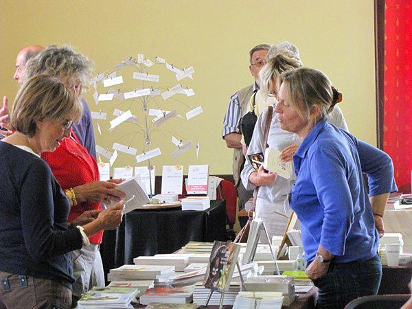 Festival de l'édition indépendant, l'Antre des livres propose au public une rencontre avec des éditeurs indépendants en littérature générale, romans, polars, livres jeunesse, beaux livre, terroir, cuisine, fantasy, science fiction, poésie, BD