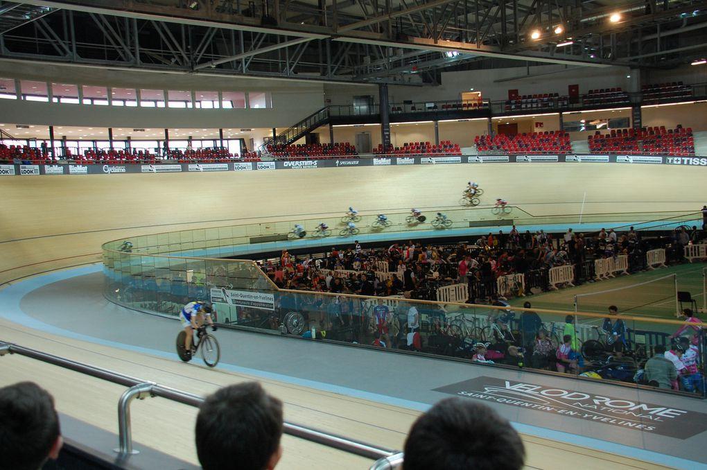 1ère course au Vélodrome de Saint-Quentin-en-Yvelines le samedi 8 Février 2014.