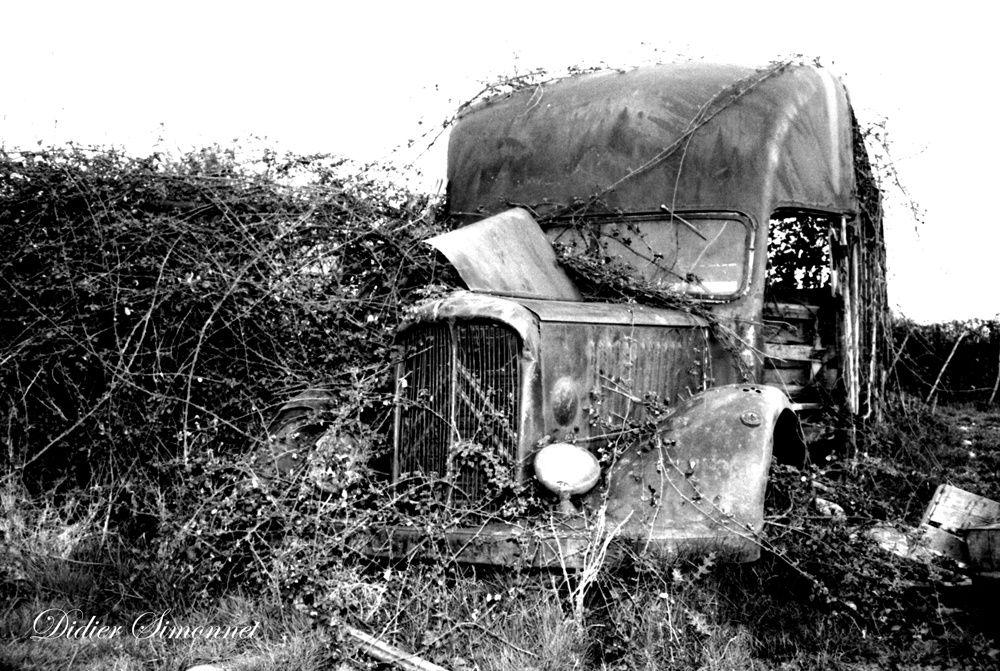 Sur la route ( photos et collection : Didier Simonnet )