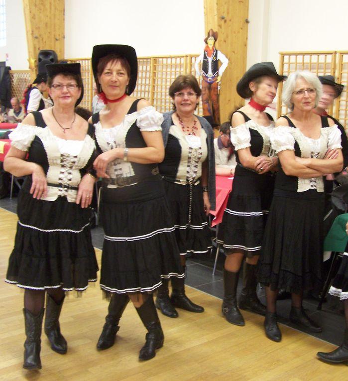 Très beau bal country bien organisé et animé par Cowboy Country 45