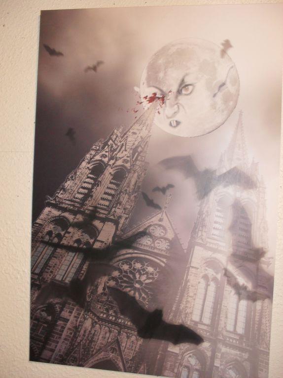 Pour tous ceux qui ont raté l'exposition Zombitudes et veulent en découvrir quelques oeuvres...Egalement un aperçu des deux autres expositions consacrées aux zombies, qui se poursuivent jusqu'au 27 février.