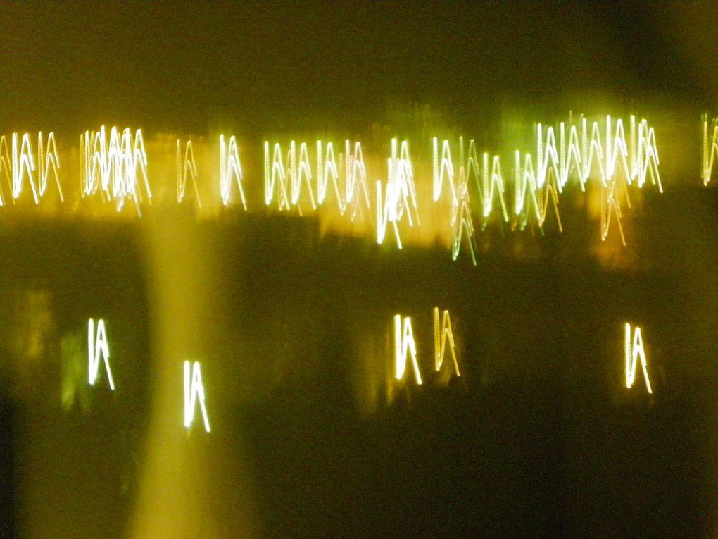 Poitiers vu la nuit avec effets de photographie.