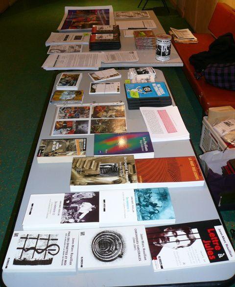 Photos des concerts, projections, tables de presse organisés à l'occasion de la campagne 2010 pour la libération des prisonniers d'Action directe
