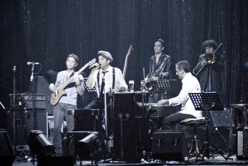 Yves Jamait en concert au Casino de Paris le 23 novembre 2009... Superbe.
