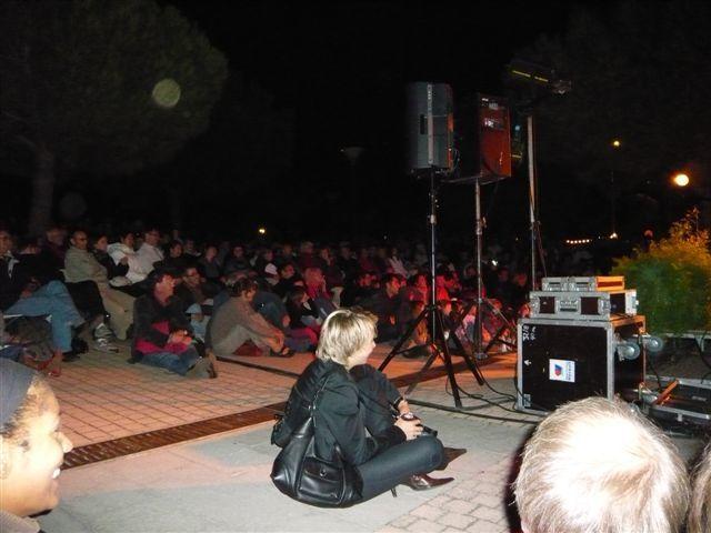 Samedi 25 septembre 2010 : Maraianne Aya Omac chante au Devois