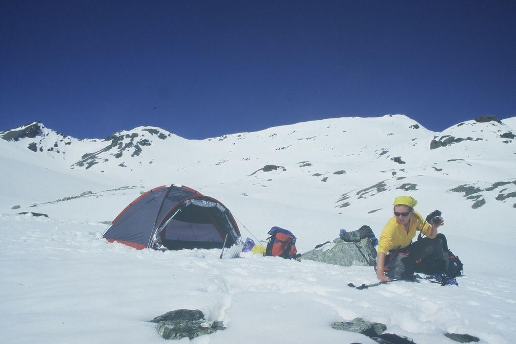 Petit apercu de mes débuts en ski de rando. Quelques grandes courses, de grands sommets, d'autres plus modestes mais rien que de beaux souvenirs